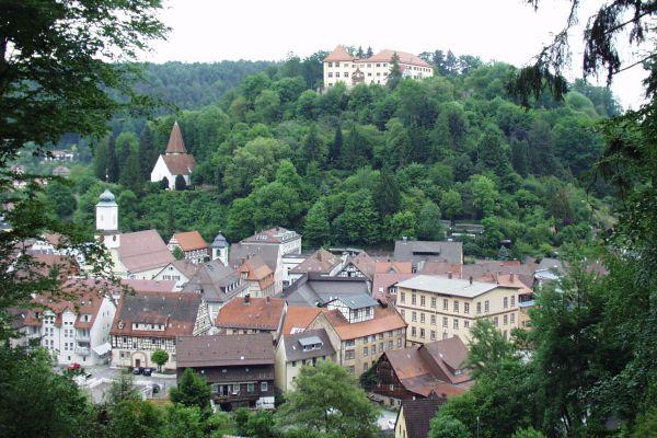 Stadt Neuenbürg und das Schloss